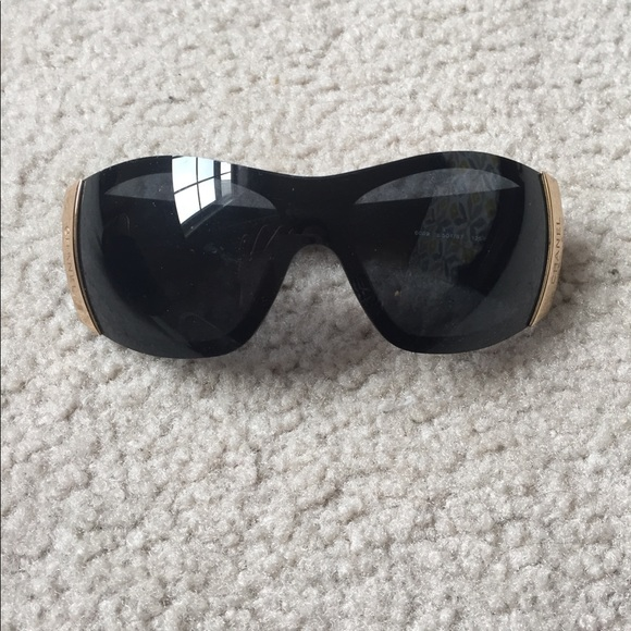 70% off CHANEL Accessories - Chanel Quilted Sunglasses from Kara's ... : chanel quilted sunglasses - Adamdwight.com